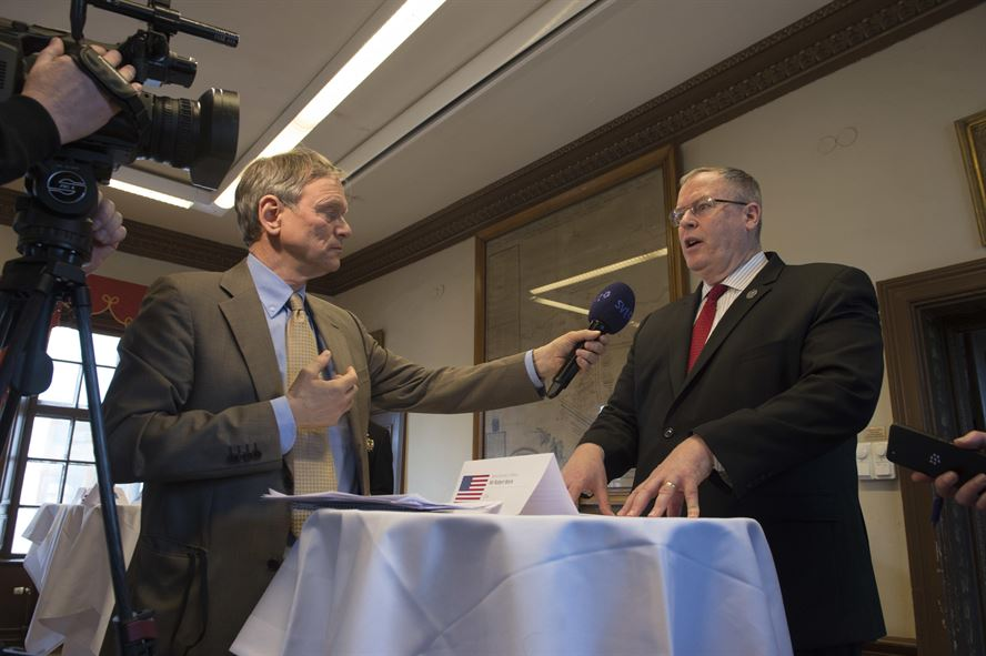 Deputy Defense Secretary Bob Work speaks during an interview with Sveriges Television